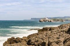 Il faro della linea costiera di Santander Fotografia Stock Libera da Diritti