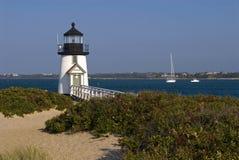 Il faro guida i marinai sull'isola di Nantucket fotografie stock libere da diritti