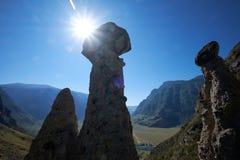 Il fenomeno della natura ed il miracolo della natura lapidano le rocce dei funghi in Al Immagini Stock
