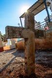 Il figlio rays il cimitero Immagine Stock