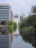 Il fiume Aire, Leeds, Inghilterra Fotografie Stock Libere da Diritti