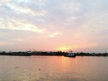 Il fiume Chao Praya a Bangkok Tailandia Immagine Stock