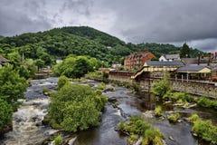 Il fiume Dee, Llangollen Immagini Stock