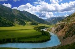 Il fiume della montagna Immagine Stock