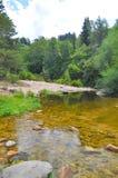 Il fiume della montagna oscilla in generale Belgrano, provincia della villa di Cordova fotografia stock
