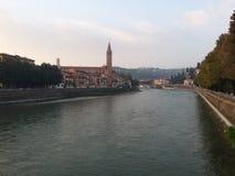 Il fiume di Adige a Verona, Italia Fotografie Stock Libere da Diritti