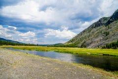 Il fiume di Firehole nel Wyoming Immagini Stock