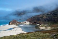 Il fiume di Laguna della La di Arroya de incontra l'oceano, la California Immagine Stock