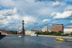 Il fiume di Mosca ed il parco di Museon delle arti Fotografia Stock