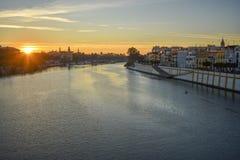 Il fiume Guadalquivir ad alba fotografie stock libere da diritti