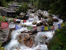 Il fiume in Himalaya Immagine Stock