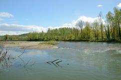 Il fiume liberamente serpeggiante ha dato il de Pau Immagini Stock Libere da Diritti