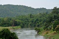 Il fiume per il kanjanaburi in Tailandia Fotografie Stock