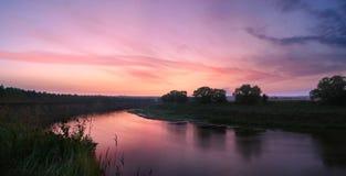 Il fiume viola Fotografie Stock Libere da Diritti