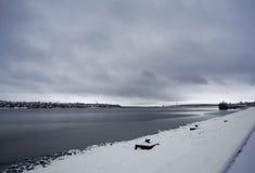 Il fiume Volga nebbioso Fotografie Stock