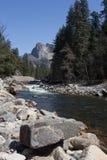 Il fiume in Yosemite Fotografie Stock Libere da Diritti