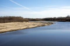 Il flusso del fiume Amur fotografie stock