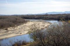 Il flusso del fiume Amur immagini stock