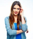 Il fondo bianco isolato donna pensa il positivo Femmina isolata Fotografie Stock