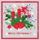 il fondo con l'immagine degli ornamenti di Natale, abete si ramifica, fiocchi di neve, candele, fondo leggero, Fotografie Stock Libere da Diritti