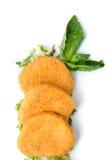 Il formaggio piccante agglutina con i fogli verdi Immagine Stock Libera da Diritti