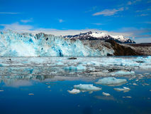Il fronte di un ghiacciaio massiccio nell'Alaska Fotografie Stock Libere da Diritti