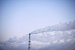 Il fumo dal camino Fotografia Stock Libera da Diritti