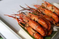 Il gambero blu arrostito è uno del menu famoso dell'alimento a Taling Chan Floating Market fotografie stock