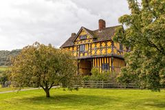 Il Gatehouse, castello di Stokesay, Shropshire, Inghilterra Immagini Stock