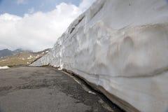 Il Gavia di Passo, 2621m, è un passaggio di alta montagna nelle alpi italiane Fotografia Stock Libera da Diritti