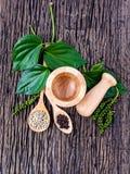 Il genere di pepe bianco del pepe, di pepe nero e di peperone verde Fotografia Stock Libera da Diritti