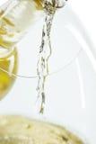 Il getto del vino bianco immagine stock