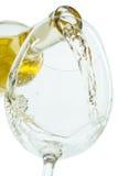 Il getto del vino bianco fotografia stock