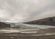 Il ghiaccio e la neve del ghiacciaio stanno fondendo, parco nazionale di Vatnajokull, Islanda del sud, Europa immagini stock