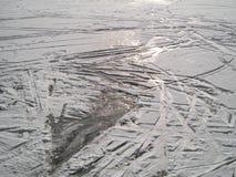 Il ghiaccio ha coperto il lago Immagine Stock