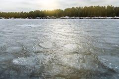 Il ghiaccio sul lago Ladoga L'acqua congelata La struttura sul ghiaccio Immagini Stock Libere da Diritti