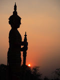 Il gigante nella misura, tramonto Ciò è st andgeneric tradizionale Fotografie Stock
