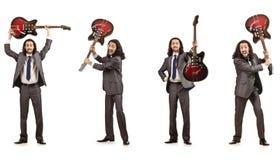 Il giocatore di chitarra divertente su bianco Immagini Stock Libere da Diritti