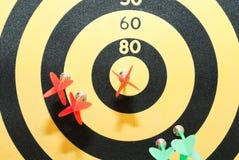 Il gioco dei dardi. Fotografia Stock