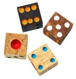 Il gioco di legno quattro taglia vicino sull'isolato su Fotografie Stock
