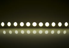 Il gioco di luce su sfuocatura defocusing ha condotto le lampade Fotografie Stock