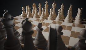 Il gioco di scacchi comincia Pezzi che stanno nelle file 3D ha reso l'illustrazione Fotografia Stock Libera da Diritti