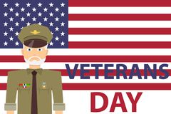 Il giorno del veterano, un uomo in uniforme militare con i premi sui precedenti della bandiera degli Stati Uniti illustrazione di stock