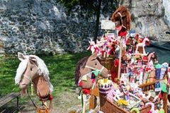 Il giorno di StGeorge, giusto, giocattoli e mascotes, 1, Zagabria 2016 Fotografie Stock Libere da Diritti