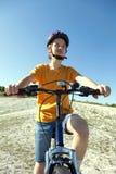 Il giro felice del ragazzo bikes all'aperto Fotografia Stock Libera da Diritti
