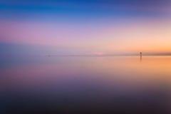 Il golfo del Messico al tramonto, visto dalla spiaggia di Smathers, Key West Immagine Stock Libera da Diritti