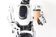 Il grande androide sta godendo della pausa nel lavoro Fotografia Stock Libera da Diritti