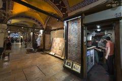 Il grande bazar, uno di più vecchio centro commerciale nella storia Questo mercato è a Costantinopoli, Turchia fotografia stock libera da diritti