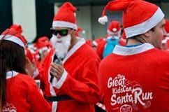 Il grande KidsCan Santa Run Auckland Central Fotografia Stock Libera da Diritti
