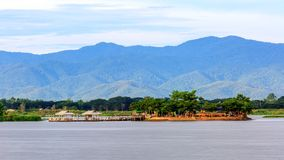 Il grande lago in Phayao Tailandia ha nominato Kwan Phayao, impresa di piscicoltura immagini stock libere da diritti